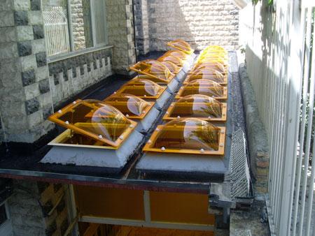 پلی کربنات و استفاده از آن در ساخت نورگیریکی از دلایل استفاده از پلی کربنات برای نورگیر و سقف استخر این است که این  در طراحی ورق های پلی کربنات یک لایه ضد Uv برای مخافظت در برابر نور آفتاب ...